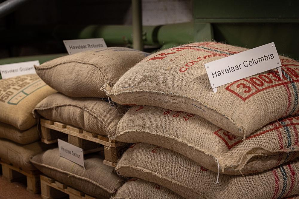Illycafé: Kaffeebohnen aus einer Max Havelaar Plantage aus Kolumbien.